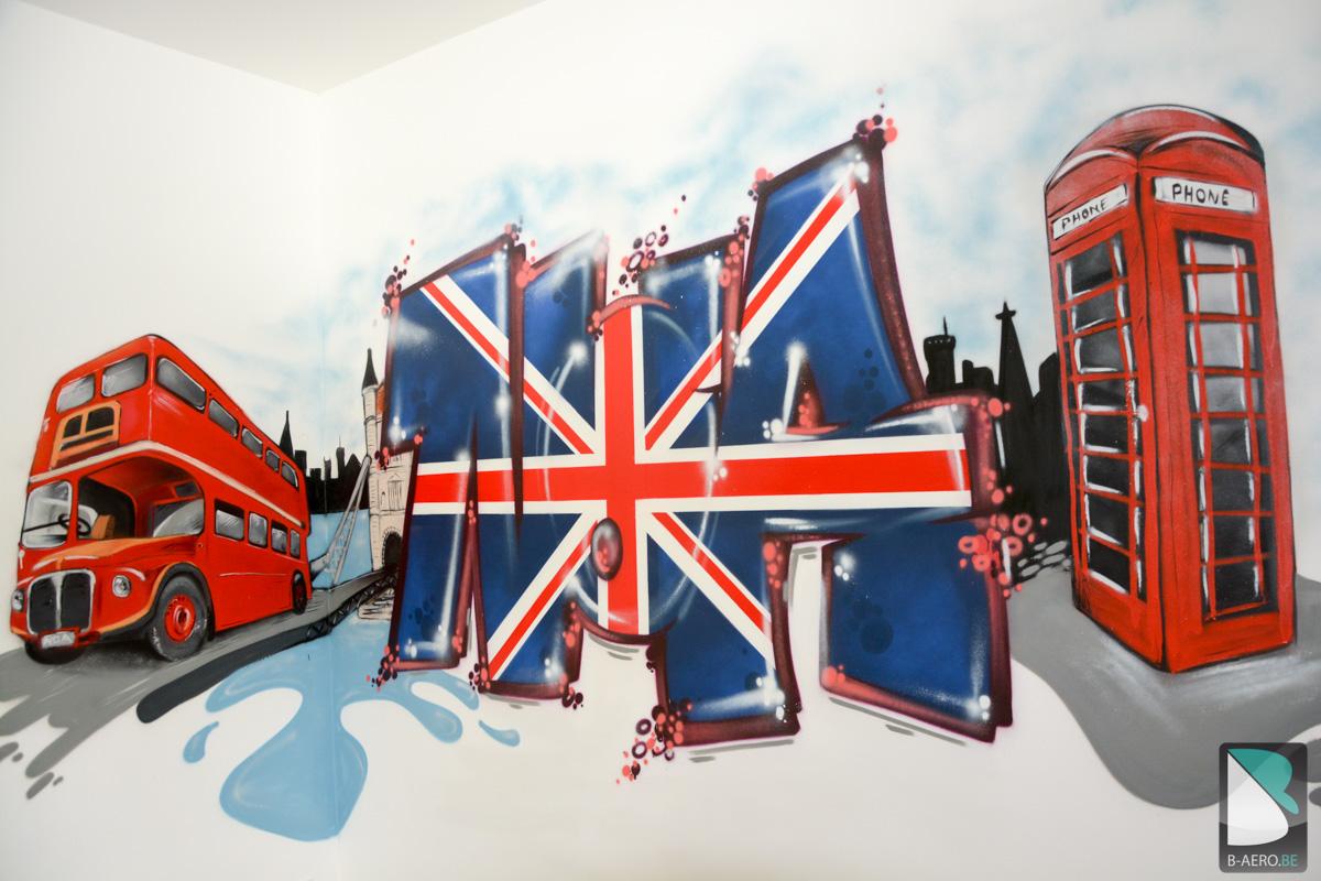 chambre de noa sur le thème de londres   b-aero - graffiti artiste