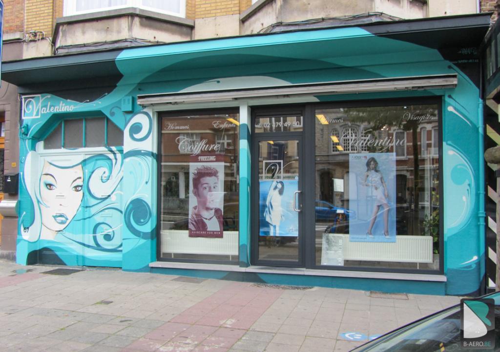 Coiffure-Valentino-facade-graff-Belgique