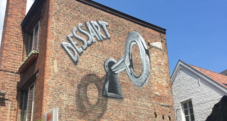 Façade street-art à Bruxelles